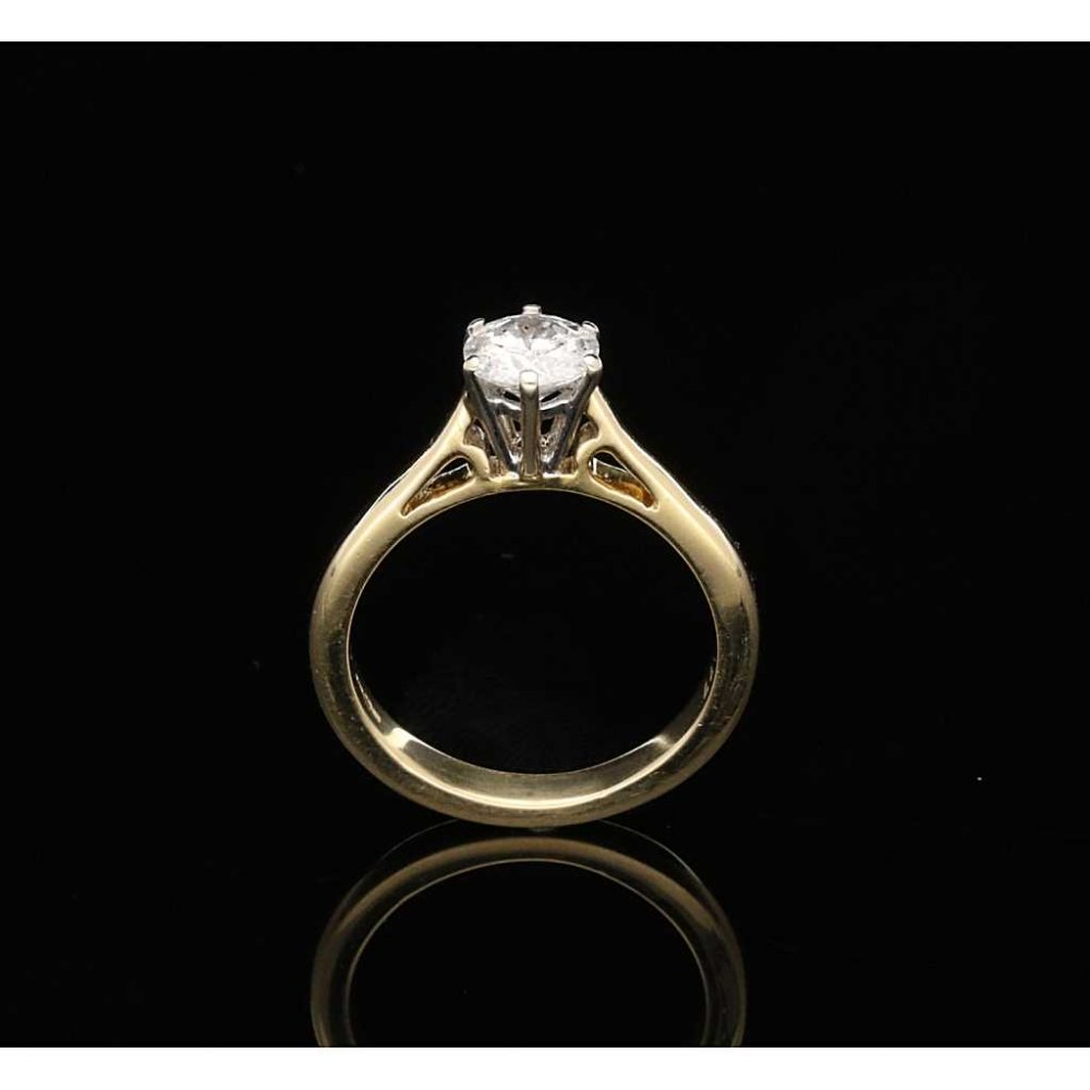 0 77ct Diamond Engagement Ring 18ct Yellow Gold Second Hand