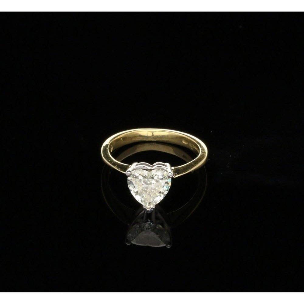 109ct Heart Cut Diamond Engagement Ring In 18ct Yellow Gold