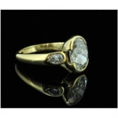 18ct Oval Diamond Three Stone Ring - 3.50ct