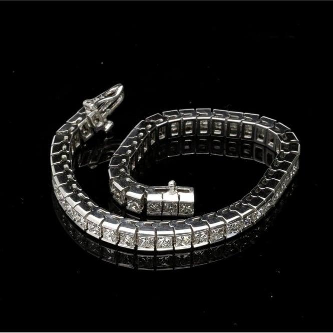 Second Hand 18ct White Gold Princess Cut Diamond Bracelet 9 80ct