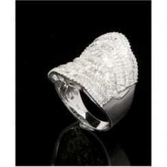 18ct White Gold 2.90ct Diamond Saddle Ring