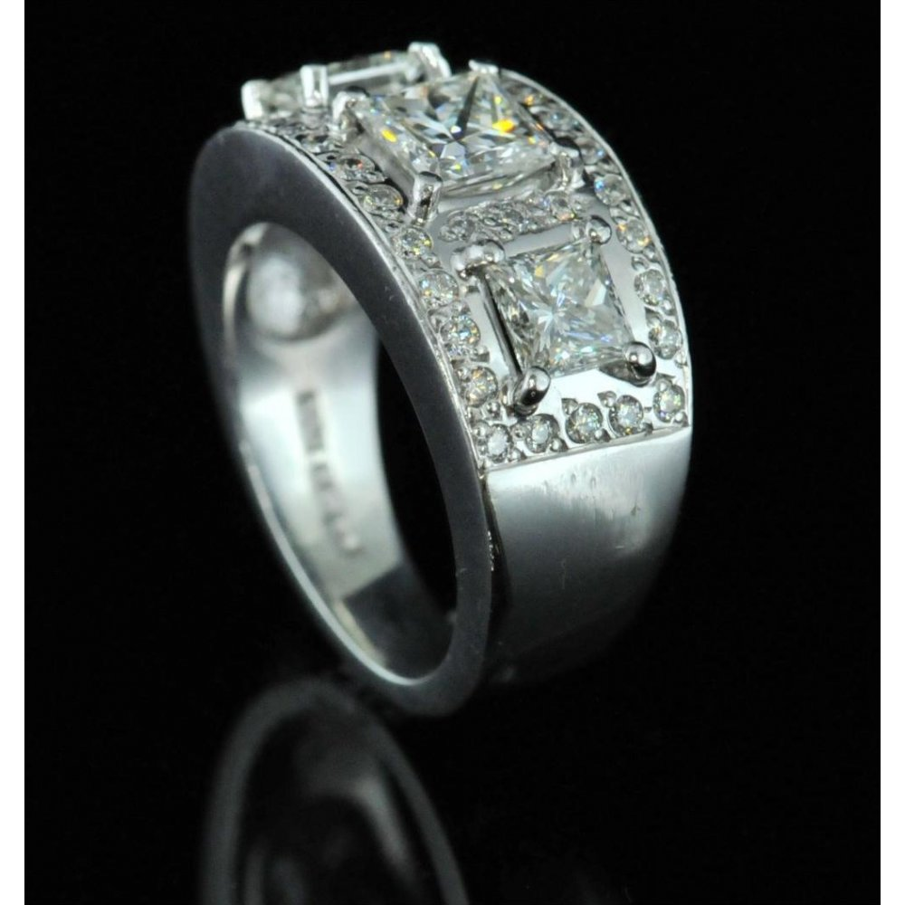 18ct white gold cocktail ring 2 66ct second