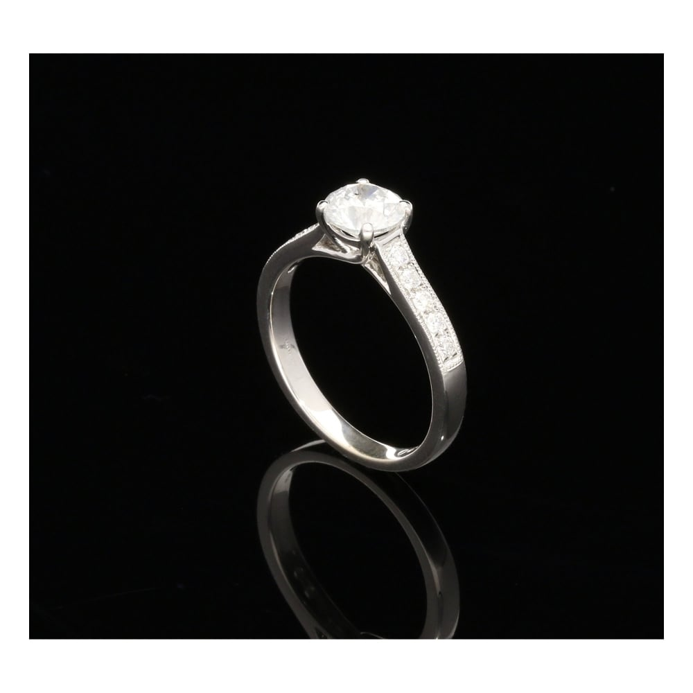 Milton s Secondhand 18ct White Gold Engagement Ring 1 21ct