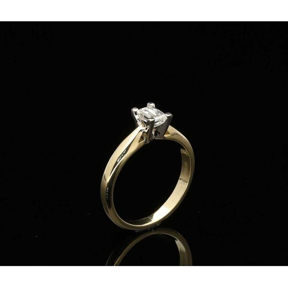 9737d71793fccd 18ct Yellow Gold Millennium Cut Diamond Ring - 0.44ct