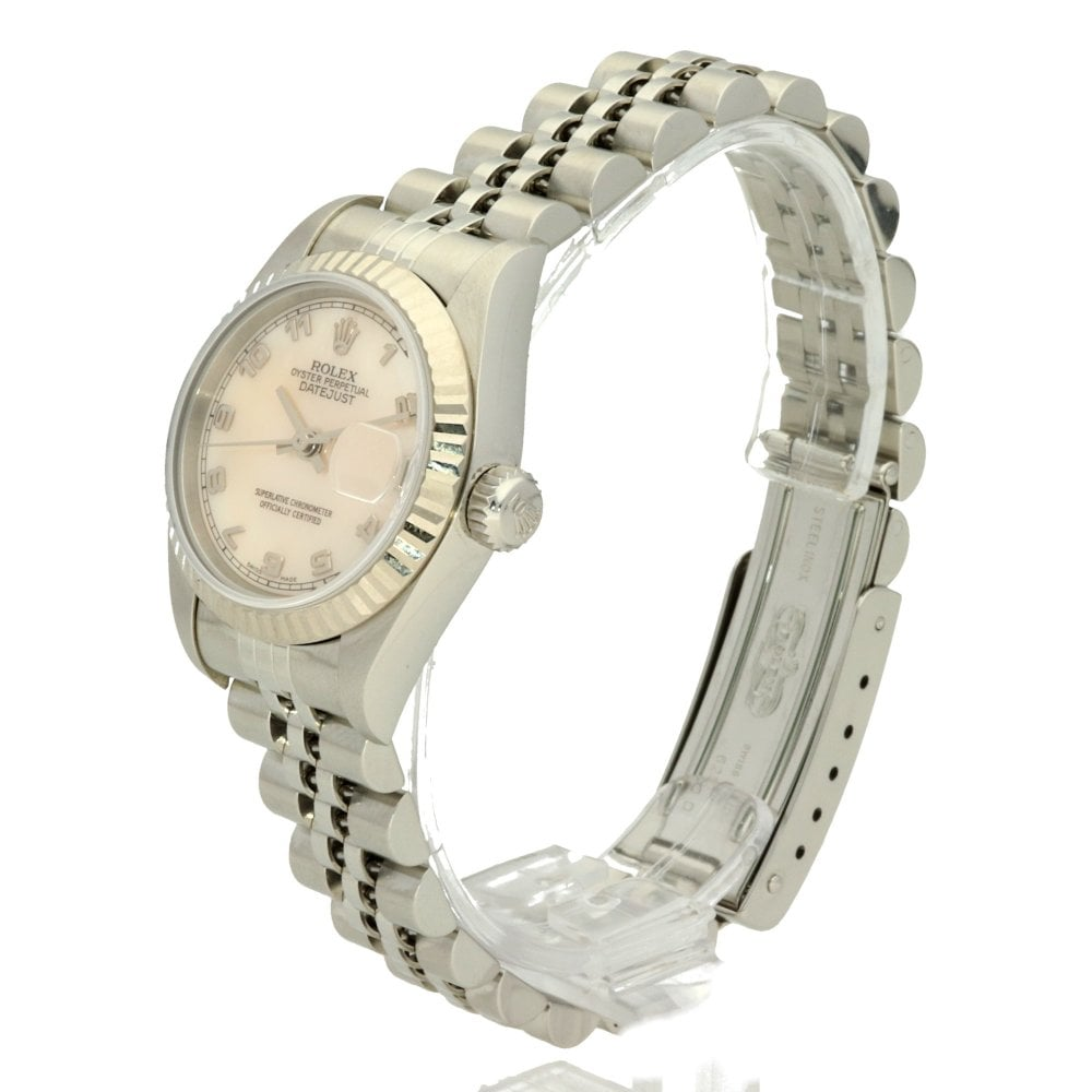 74e46a6ff51e7 Rolex Datejust 69174 - Mother Of Pearl Dial - 1998
