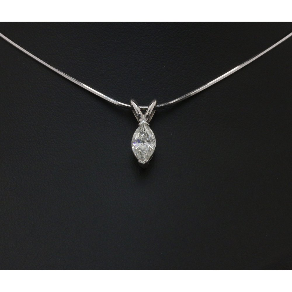 18ct white gold 1 16ct marquise cut pendant
