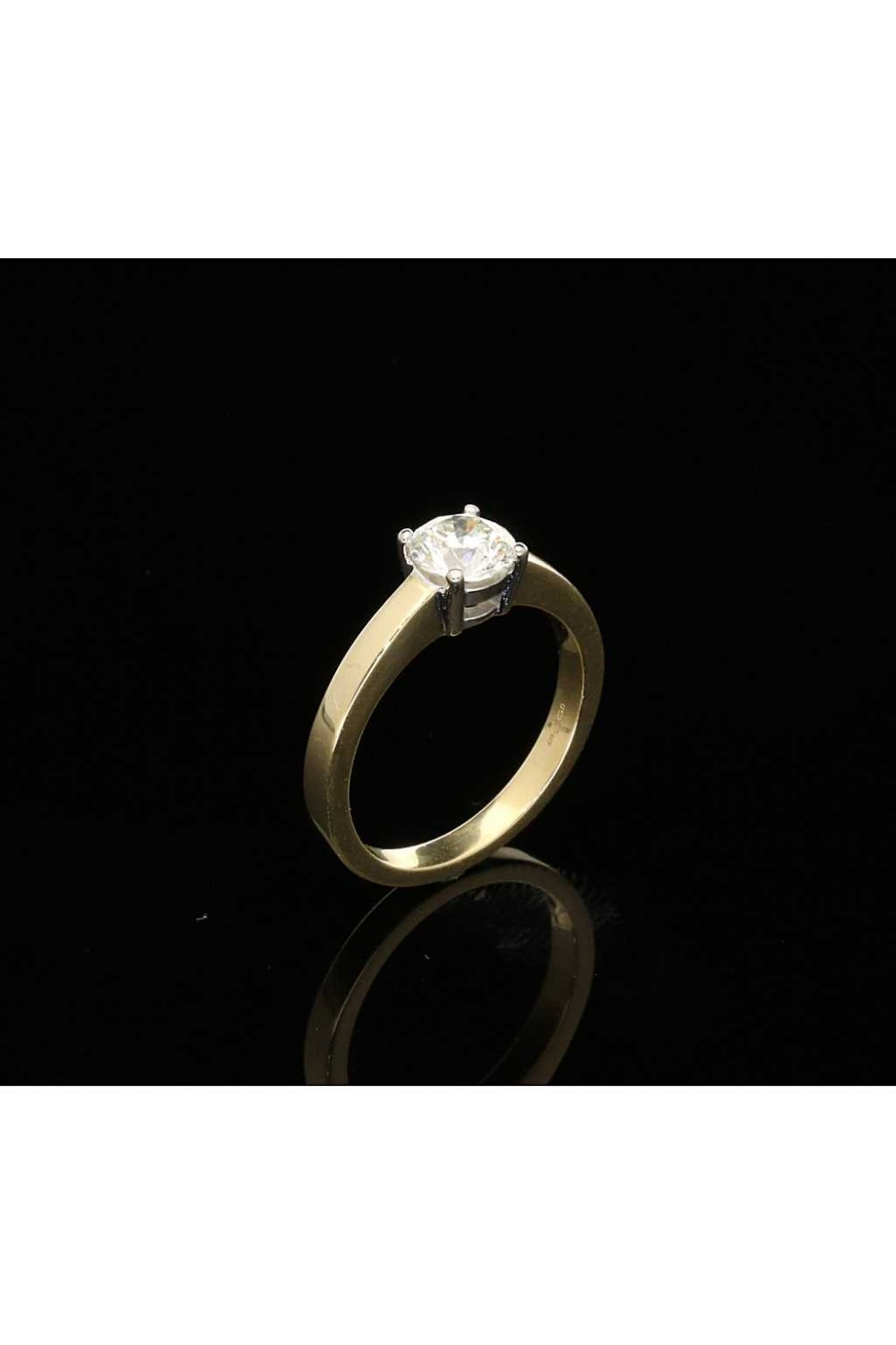 Buy Pre Owned Engagement Ring