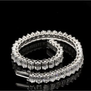 20ct-emerald-cut-diamond-platinum-gubelin-bracelet-p2396-10635_image